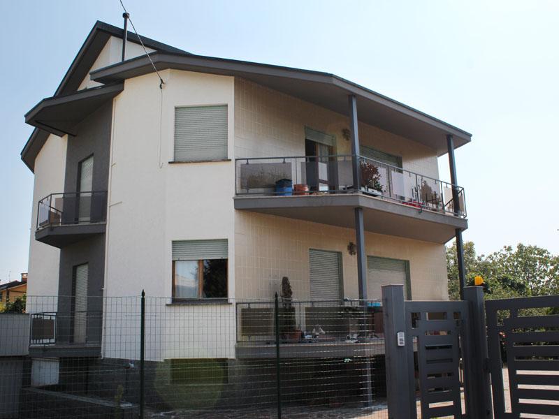 ristrutturazione-esterni-villa-bifamiliare-cavenago-10